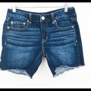 American Eagle Dark wash Raw hem denim shorts